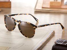 f3e2d21e1e8e6d 27 meilleures images du tableau  Persol   Persol, Sunglasses et Eye ...