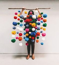 craft ideas for making decorations with pompoms