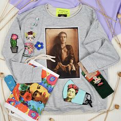 #frida #fridakahlo #outfit #lover #accessories #patch #floral #vintage #fjallraven #socks #denim #jacket #reworked #szputnyikshop #budapest Leather Ring, Copper Rings, Budapest, Socks, Graphic Sweatshirt, Denim, Sweatshirts, Floral, Casual