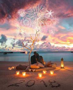 Po bajecznych zaręczynach czas rozesłać stylowe zaproszenia ślubne!