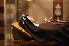 Tomb of St. Clare, St. Clare Church, Assisi, Italy