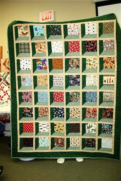 attic windows (Holy Crap Mandy Jo) attic window I spy quilt, A Nimble Thimble Show & Tell page of our customers finished sewing projects. Get quiltinNo matter whether you simply do not like washing meals by hands otherwise you feel like your kitchen 3d Quilts, Panel Quilts, Scrappy Quilts, Easy Quilts, Patchwork Quilting, Quilt Blocks, Quilting Projects, Quilting Designs, Sewing Projects