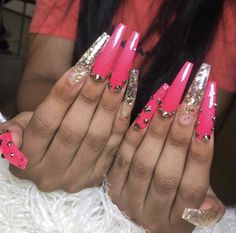 White Coffin Nails, The Claw, Bling Nails, Beautiful Nail Art, Nail Inspo, Acrylic Nails, Acrylics, Beauty Nails, Nail Designs