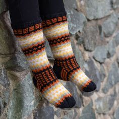 Wool Socks, Knitting Socks, Hand Knitting, Crochet Stitches, Color, Heaven, Warm, Knit Socks, Woolen Socks
