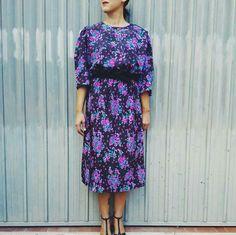 80s vintage floral dress , one size, €30,00 #dress #vintagedress #vintageclothes #floraldress #retrodress #vintageshop #maisonretrovintage