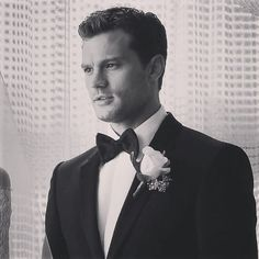 OMG ! Fifty Shades Freed was just an amazing movie, with passion, love and sex. I can't said anything because of the people who don't see the movie but Christian was beautiful in this like Dakota. They make me smile and cry during all the movie and I thanks them. So my only advice if u don't see FSF : GO !!! Don't hesitate, it's a such beautiful and perfect movie, I think it's my favorite of the three but the two was really great too. Thanks @erikaljames for this !!! Hope u enjoy the movie…