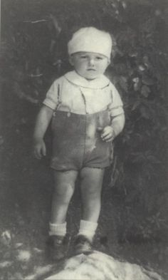 Birth: 1941 Gender: Male toddler Nationality: French Background: Jewish *light skin* Residence: Nice, France Death: March 9, 1944 Cause: Murdered in Auschwitz Age: 3