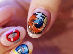 Uñas Geek – 46 imágenes para techies – Geek Nails   Decoración de Uñas - Manicura y NailArt
