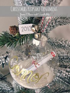 Love this idea!!! Christmas Keepsake Ornaments - Clean and Scentsible - fun holiday DIY using Martha Stewart Crafts - click thru for the full tutorial