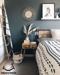 home accents on a budget Read more about 8 Cheap Things to Maximize a Small Bedroom. Dark Accent Walls, Bedrooms With Accent Walls, Black Bedroom Walls, Black Rooms, Dark Walls, Home Decor Bedroom, Nordic Bedroom, Bedroom Bed, Wooden Furniture Bedroom