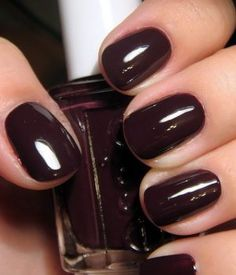 20 Most Popular Essie Nail Polish Colors