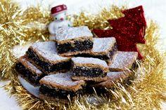 Makový koláč bez kysnutia sa skvelo hodí na vianočný stôl. Fantastický makovník bude chutiť celej rodine. Vianočné koláče na zdravý spôsob prináša Fitshaker Healthy Cookies, Healthy Sweets, Christmas Candy, Christmas Baking, Sweet Desserts, Sweet Recipes, Oreo Cupcakes, Pavlova, Desert Recipes