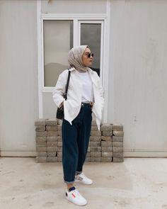 Fashion trends India fashion inspiration, India fashion male, India f Modest Fashion Hijab, Modern Hijab Fashion, Street Hijab Fashion, Casual Hijab Outfit, Hijab Fashion Inspiration, Hijab Chic, India Fashion, Muslim Fashion, Hijab Fashion Summer