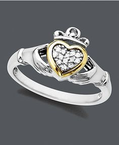 Love this Claddagh Ring And it's on sale!