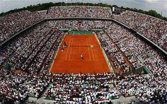 Tennis, Roland Garros, Halep ko, Sharapova torna regina