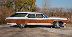 1971 Oldsmobile Custom Cruiser Station Wagon -
