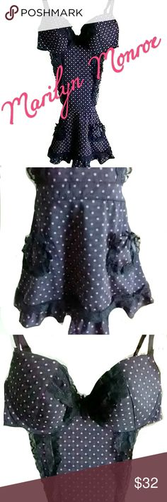 MARILYN MONROE INTIMATES Perfect for Date Night Marilyn Monroe intimate apparel! Black with pink polka dots Size M PLEASE NOTE:  The colors were very hard to capture .  This is black with hot pink polka dots all over it. NWOT Never worn ASK ALL QUESTIONS B4 YOU BUY!! Marilyn Monroe Intimates & Sleepwear