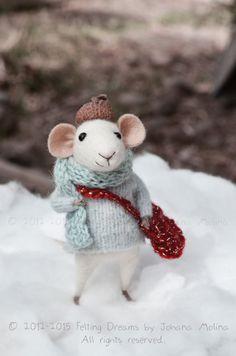 Little Christmas Mouse- Christmas-Winter Seasonal Ornament- Felting Dreams - READY TO SHIP