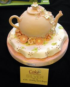 Nice tea pot! CAKE 2012 at the NEC