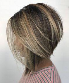 Coupes Carrées sur cheveux courts et mi-longs | Coiffure simple et facile