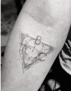 Tattoos.com   Inspiring Geometric Tattoos! These are Mindbowing!   Page 7
