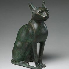 Cat statue intended to contain a mummified cat, c. Cats In Ancient Egypt, Egypt Cat, Ancient Egyptian Paintings, Ancient Egyptian Deities, Virtual Museum Tours, Giza Egypt, Egyptian Cats, Types Of Cats, Classical Antiquity