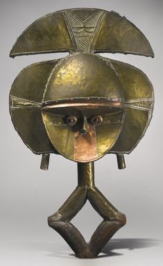 Kota-Obamba Reliquary Figure (mbulu ngulu), Gabon -   Height: 27 3/8 inches (69.5 cm)