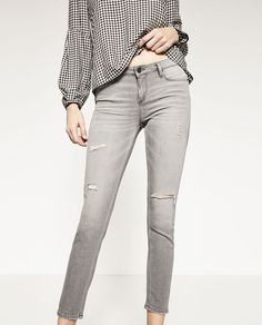 Image 2 of MID-RISE JEANS from Zara