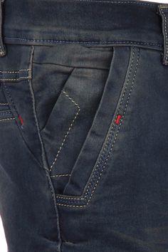 Resultado de imagen Denim Jeans Men, Mens Trousers Casual, Kaki Pants, Indian Men Fashion, Baby Dress Patterns, Diesel Jeans, Designer Clothes For Men, Ankle Jeans, Jeans Pocket