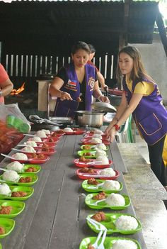 Cebu Kabanay Lions Club (Philippines) Lions held a Feeding the Kids project where they fed 120 undernourished children