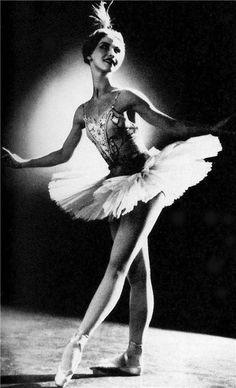 #dance #vintage #danzaclassica Natalia Makarova as Princess Florina in 'Sleeping Beauty' 1959