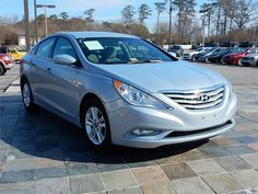 2013 HYUNDAI SONATA GLS  9711 miles, Silver exterior color with a Gray interior, Automatic Transmission,