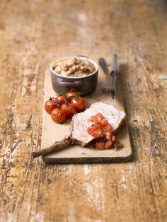Varkenskroontje met trio van tomaat