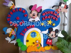Bienvenido Baby Boy Birthday, Birthday Table, Mickey Party, Mickey Mouse Birthday, Mickey Mouse Clubhouse, Baby Boy Rooms, Backdrops For Parties, Holidays And Events, Disney