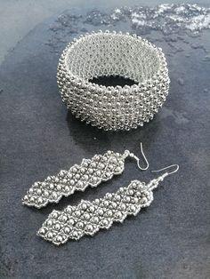 Jewelery set by Manufaktura Leo Leather Working, Leo, Jewelery, Beading, Crochet Earrings, Jewelry Making, Handmade, Fashion, Jewlery