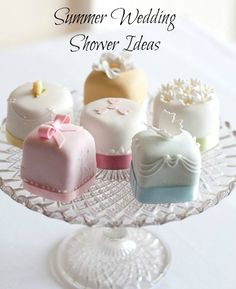 Summer wedding shower ideas. Throw a party the bride will remember forever with these decor, gift, and entertaining ideas. #wedding #bride #shower