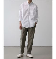Japan Men Fashion, Korean Fashion Men, Mens Fashion, Japanese Minimalist Fashion, Minimal Fashion, Stylish Men, Men Casual, Muji Style, Japanese Outfits