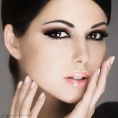 brunette  makeup