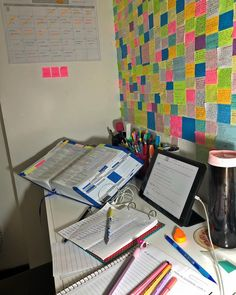 Be honest: When was the last time you brought food from home to the office in anything other than a Study Room Decor, Study Rooms, Study Space, Study Motivation Quotes, Work Motivation, Study Corner, Study Board, Study Techniques, Study Organization