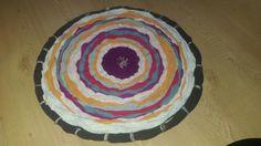 DIY Gewebter Teppich aus Textilgarn von alten Tshirts