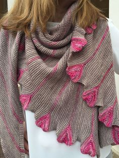 Sweet Seventeen pattern by Katrin Schubert  malabrigo Mechita in Sabd Bank and English Rose