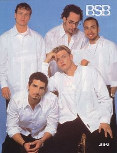 <b>Lucky for fashionistas everywhere, Nick, Kevin, Howie D, Brian, and A.J showed us the magic that is coordinating boy band outfits.</b>
