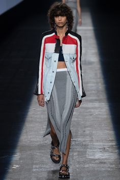http://www.vogue.com/fashion-shows/spring-2016-ready-to-wear/alexander-wang/slideshow/collection