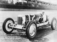 Ganador de la carrera Fred Frame at Indy 500 - IndyCar Fotos Indy Car Racing, Indy Cars, Indianapolis Motor Speedway, Indianapolis Indiana, Classic Race Cars, Racing Helmets, Old Race Cars, Vintage Race Car, Car And Driver