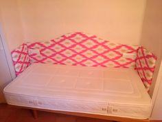 Cabecero a medida..con enchufes de luz encastrados.   En tejido de algodón...info en www.aladroipuig.com