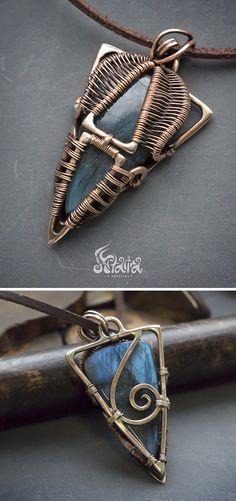 Triangle wire wrapped labradorite pendant