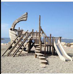 MARSIGLIA: a stunning example of original playground! Playgrounds, Parenting, France, Explore, Park, The Originals, Nature, Kids, Young Children