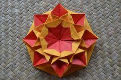 Origami: Star Helena (Design by Carmen Sprung)