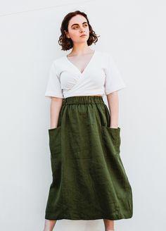 POCKET SKIRT - peppermint magazine Plus Size Sewing Patterns, Modern Sewing Patterns, Skirt Patterns Sewing, Clothing Patterns, Skirt Sewing, Skirt Pattern Free, Free Pattern, Womens Skirt Pattern, Simple Skirt Pattern