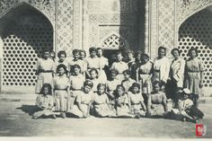 » Polish children, Isfahan, Persia